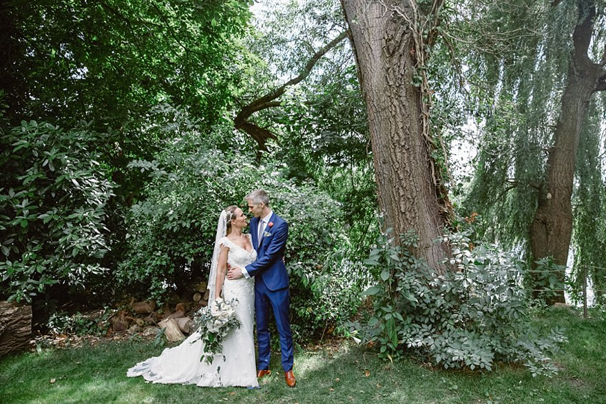 A The Secret River Garden Wedding In Twickenham London
